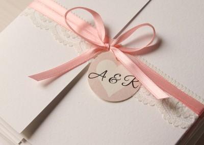 Papeterie -  ein Hochzeitsdesign aus Rosa und Spitze