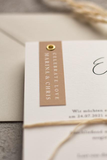 Hochzeitseinladungen mit Ösen