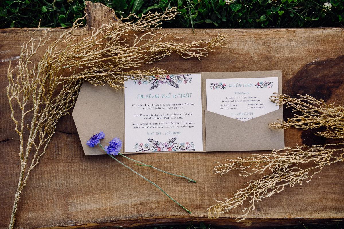 Einladung im Pocketfold aus Kraftpapier
